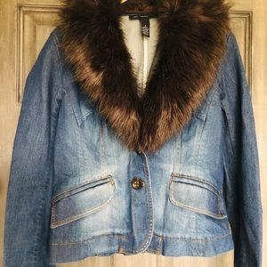 Brand new denim Jean jacket with faux fur collar